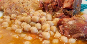 Botillo con garbanzos